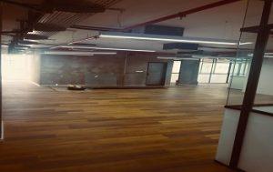 למכירה משרד קירות זכוכית