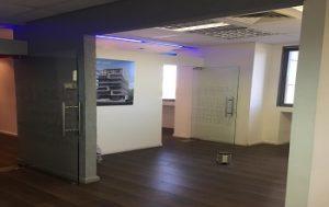משרד קטן ונדיר למכירה בתל אביב