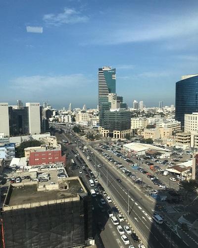 קומה להשכרה בתל אביב